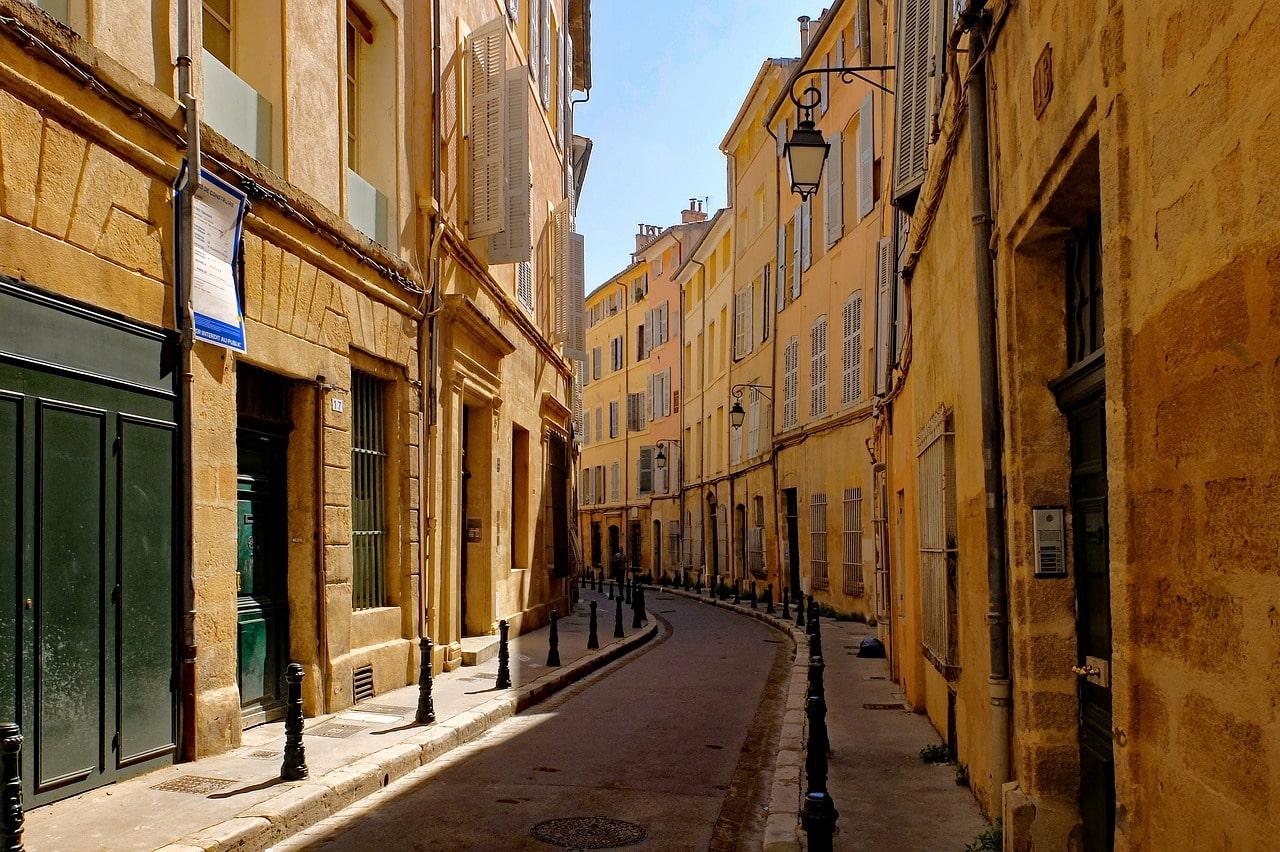 Réussir son investissement en résidence étudiante à Aix-en-Provence